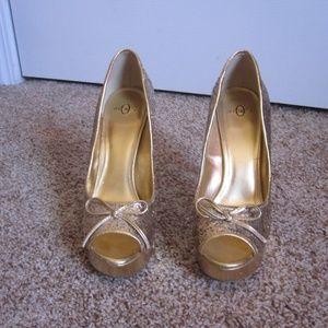 Joey Shoes - Joey Gold Glitter Peep Toe Heels